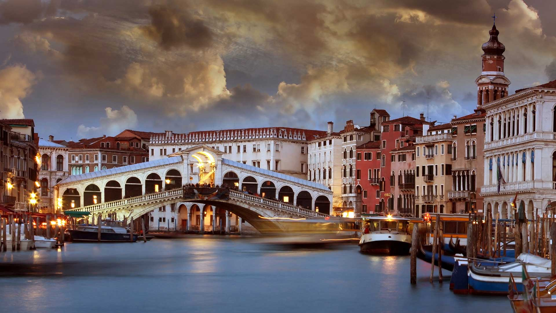 Rialto-Bridge-sunset-san-marco-sestiere